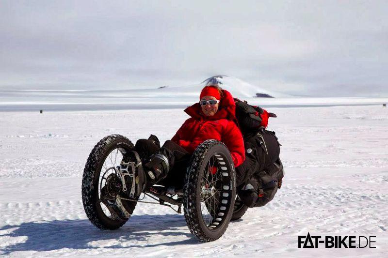 Maria mit FATBike Trike zum Südpol