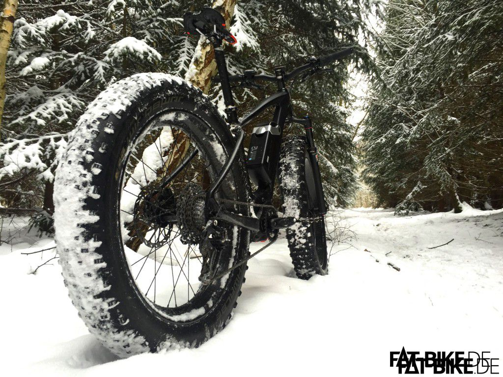 E-LOM 4point8 im Schnee