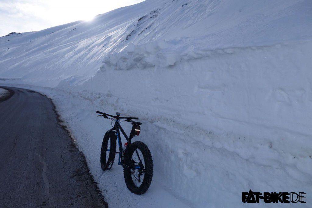Hier kommt nur die Schneefräse durch, oder ein FATBike