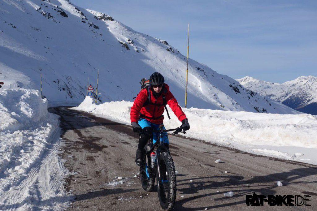 Tom auf seiner Winter Transalp kurz vor dem Penser Joch