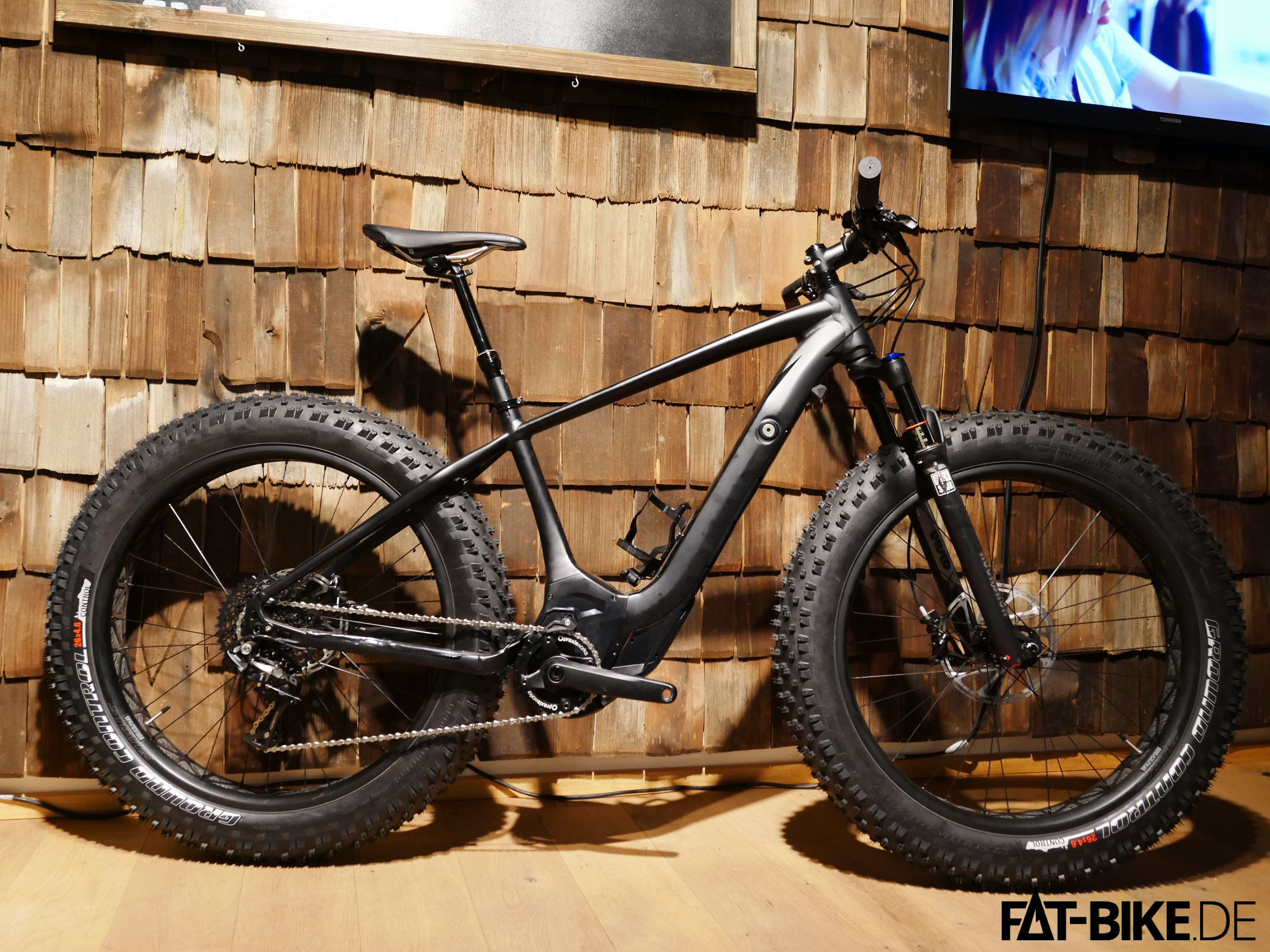 wie fliegen e fatbikes im berblick fat. Black Bedroom Furniture Sets. Home Design Ideas