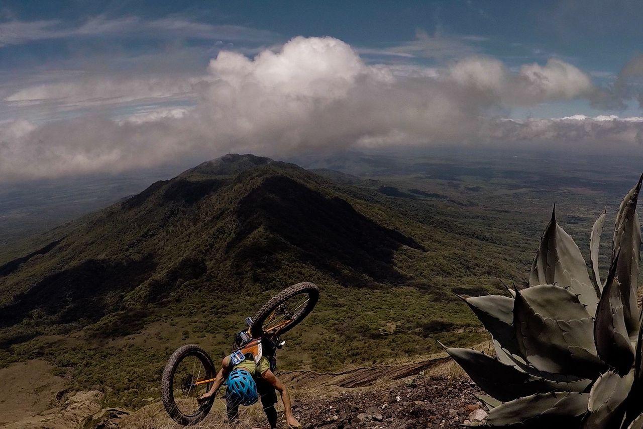 volcano-fatbiking-4