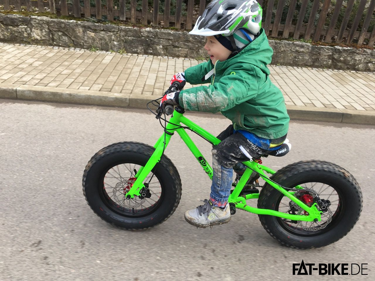 KUbikes FAT 16 Kids FATBike in knallgrün