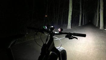 Licht aus, Spot an. Der Lichttest bei FAT-Bike.de