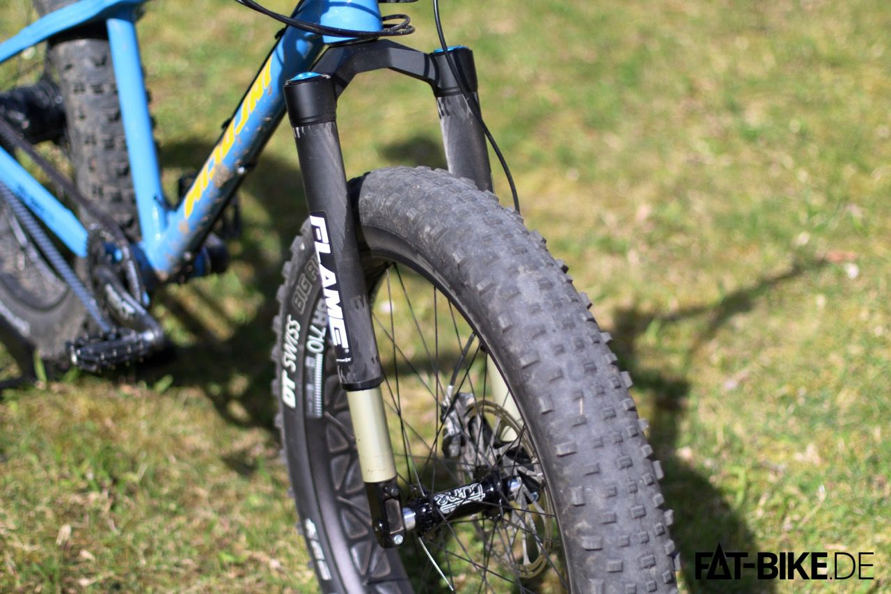 German:A Flame Wide FATBike Upside-Down Federgabel