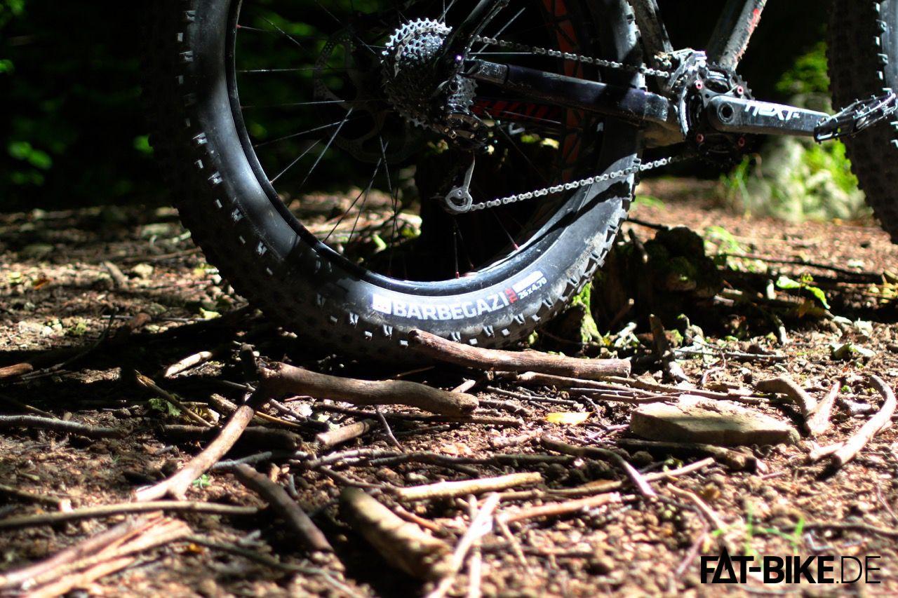 Der Bontrager Barbegazi 4,7 Zoll FATBike Reifen gript in jeder Lebenslage