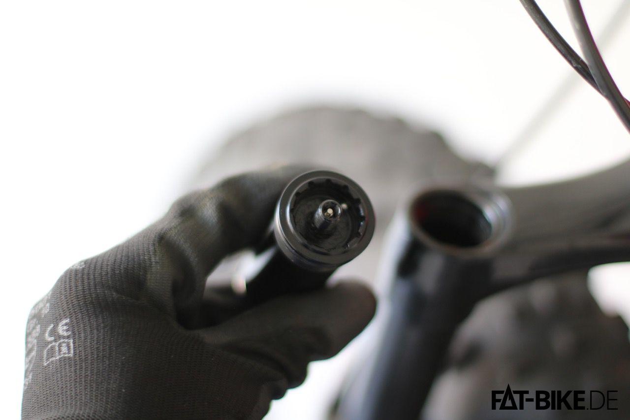 Einstellrad der MRP Ramp Control Cartridge entfernen