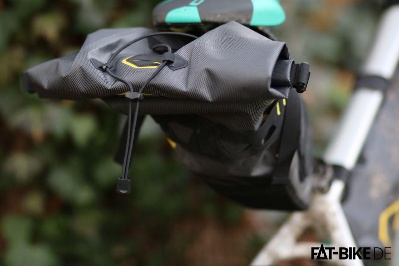 Apidura Bikepacking Saddle Pack Dry mit 14 Litern Fassungsvermögen