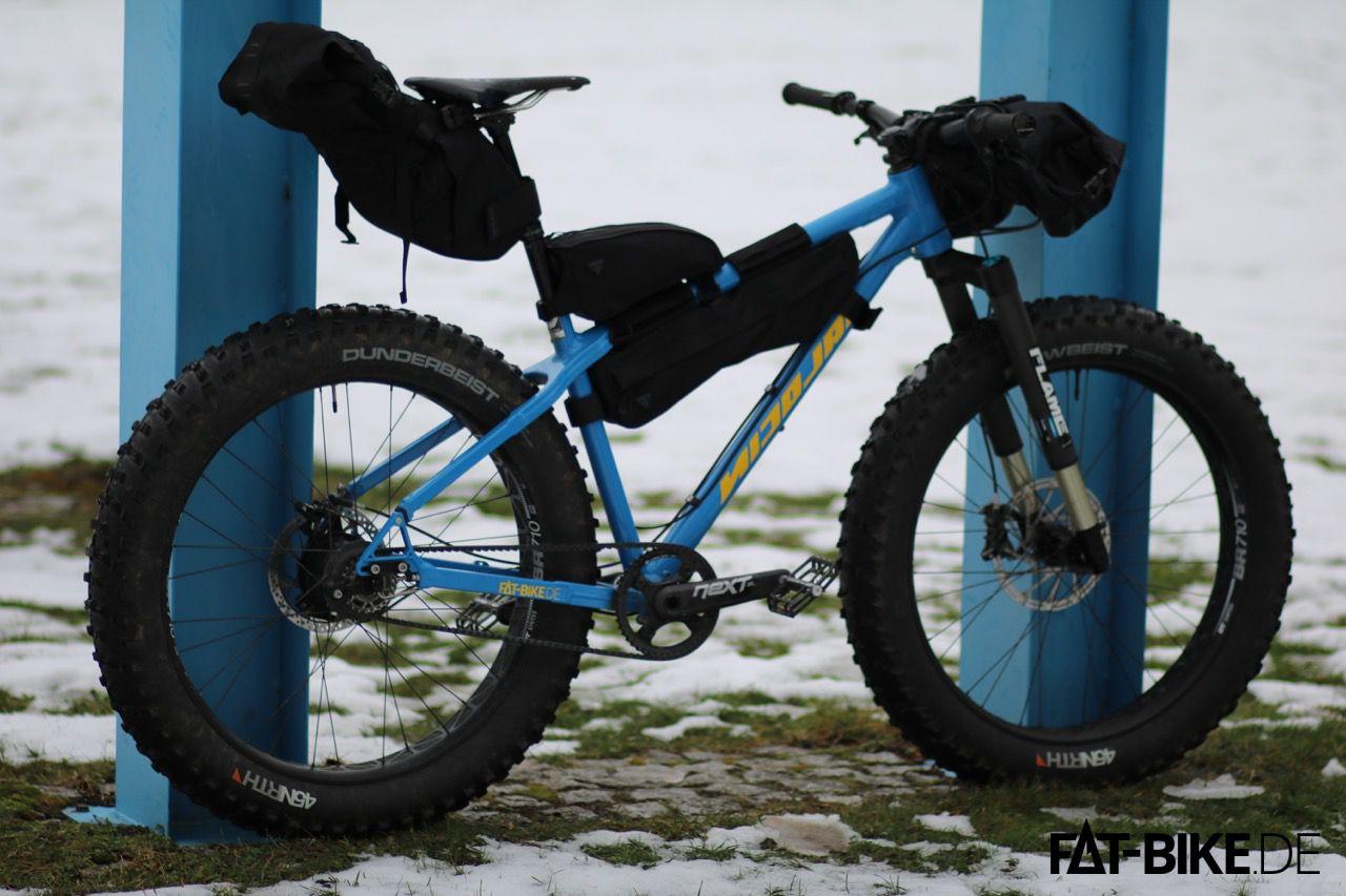 Mit den Topeak Bikepacking Taschen haben wir knapp 30L Packvolumen am Nicolai Argon FAT