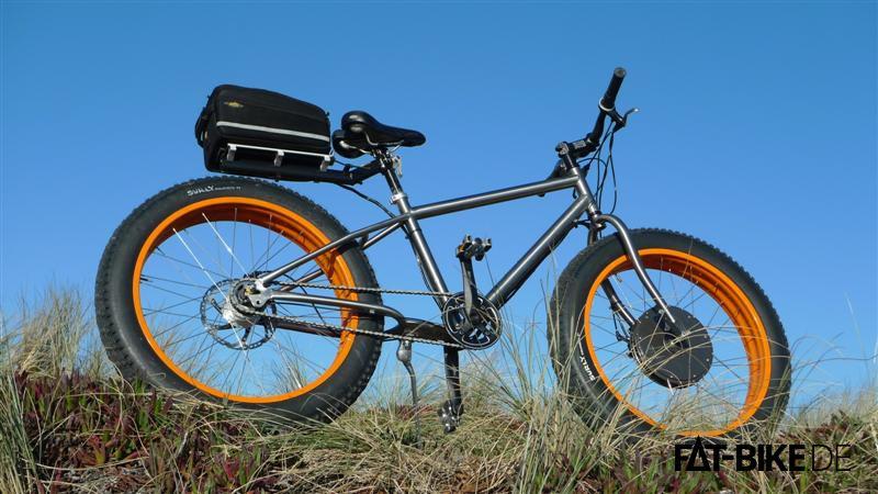 FATBike e-Bike aus Titan