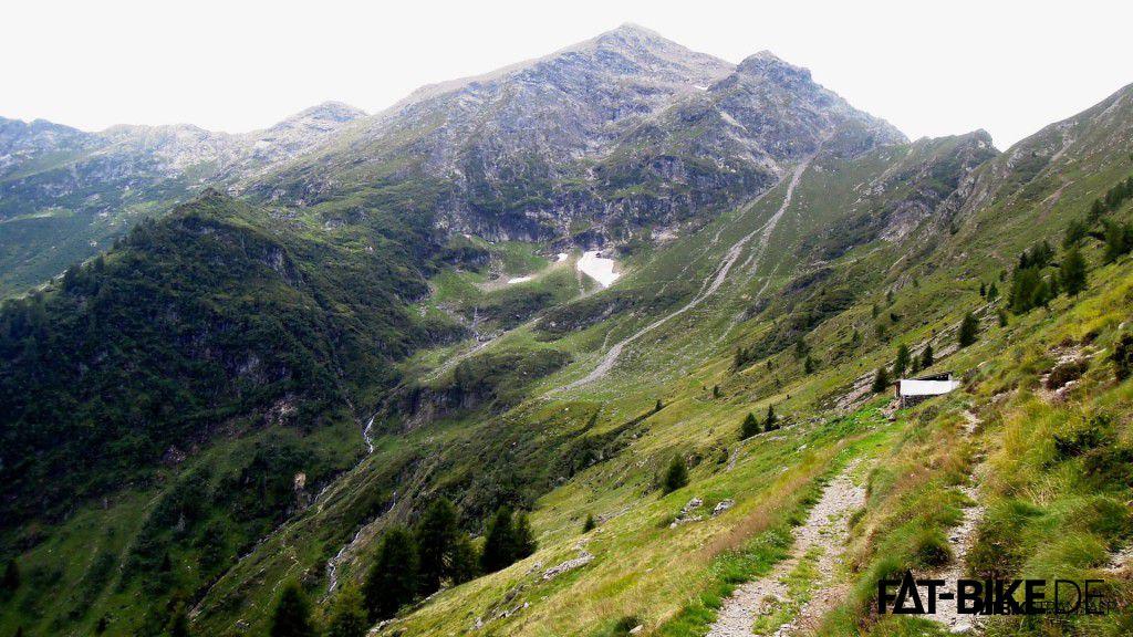 Trailabfahrt vom Mt. Legnone Richtung Colico