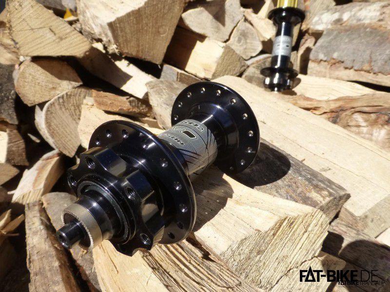 Hope FatSno mit Montagemöglichkeit für 6 Loch Bremsscheiben.