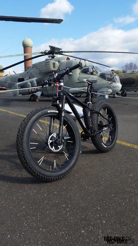 Der Hubschrauber ist nur Deko... (Quelle: Mühle)