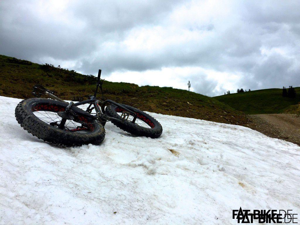 Schnee Ende Mai kurz vor dem Siplingerkopf