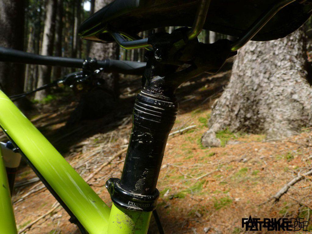 Eine Dropper Post, hier das serienmäßige Modell am FatBoy Pro, macht das Bike schwerer - aber das Leben wesentlich leichter.