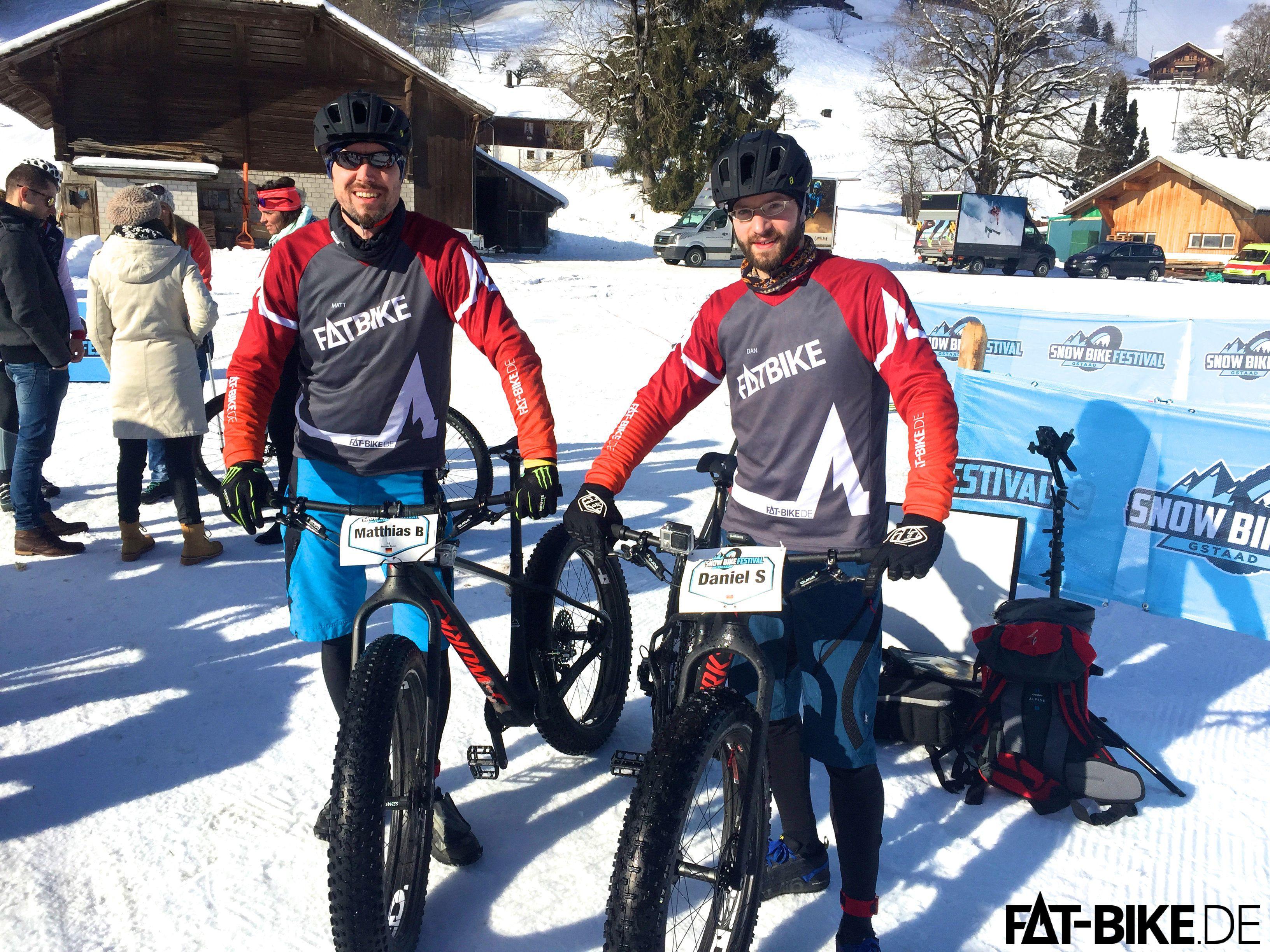 Nach der Zieleinfahrt der zweiten Etappe beim Snow Bike Festival in Gstaad