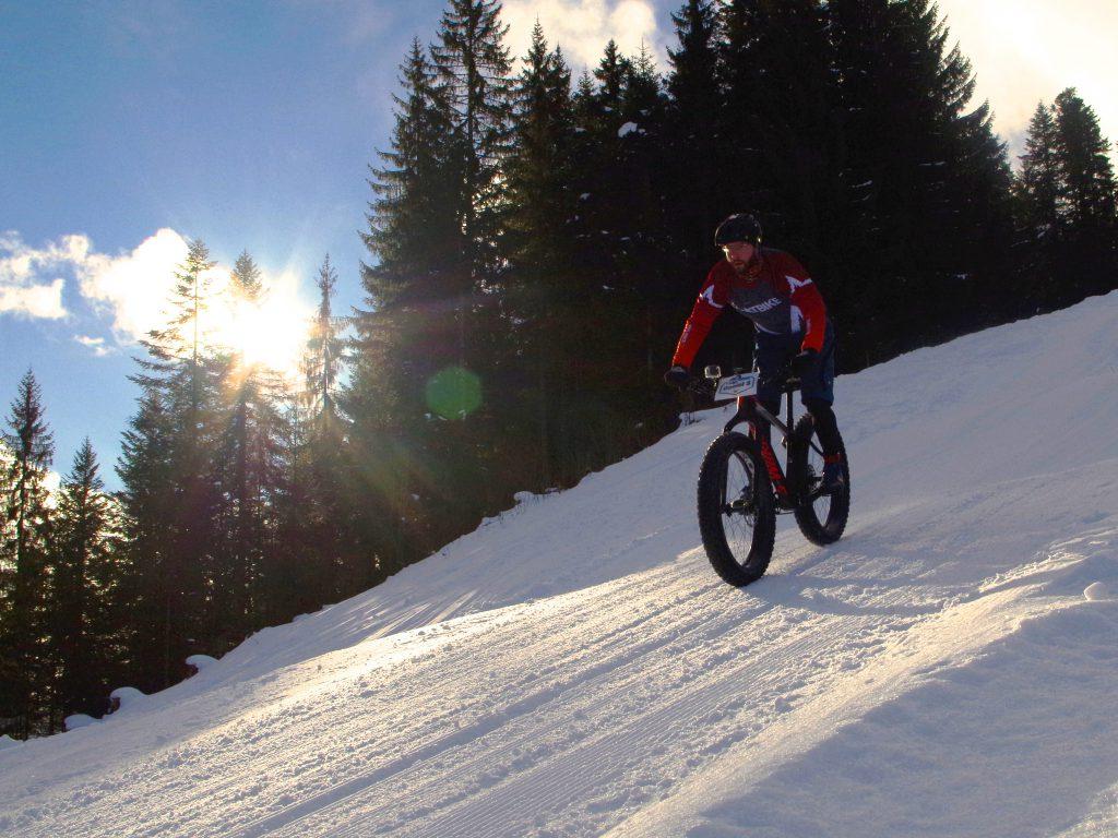 Skipiste mit dem FATBike, beim Snow Bike Festival wurde dieser Traum war