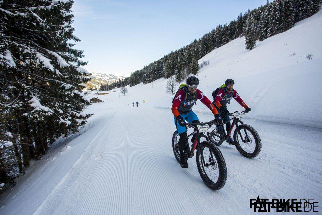 Uphill auf Schnee