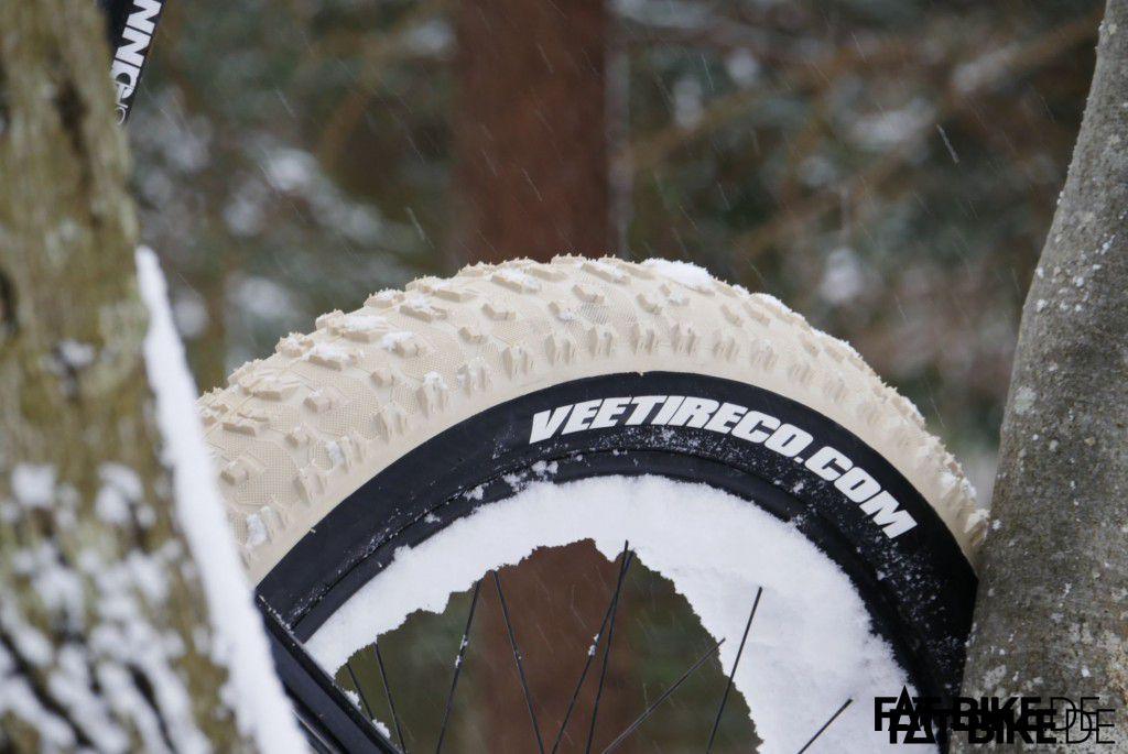Vee Tire Bulldozer Pure Silica Schnee 1