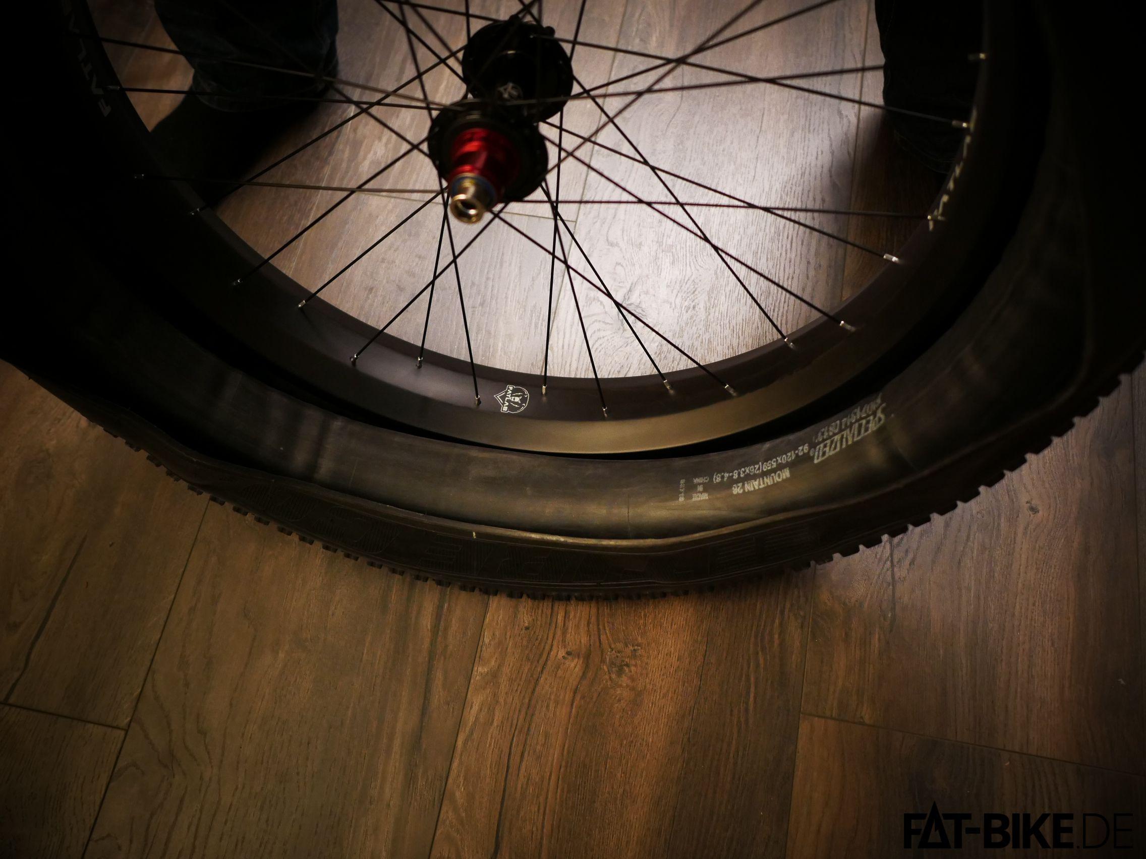 6. Reifen montieren
