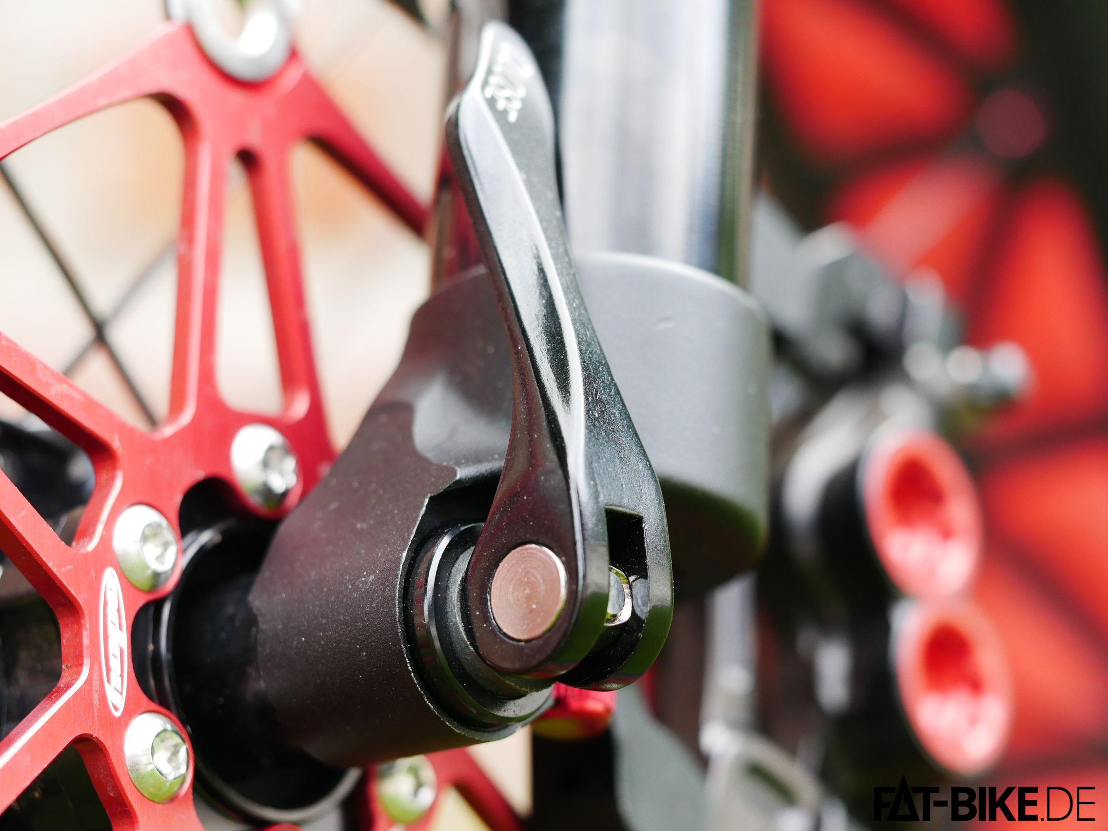 Ergonomischer geformt und in Teflon gelagert: neuer Schnellspanner
