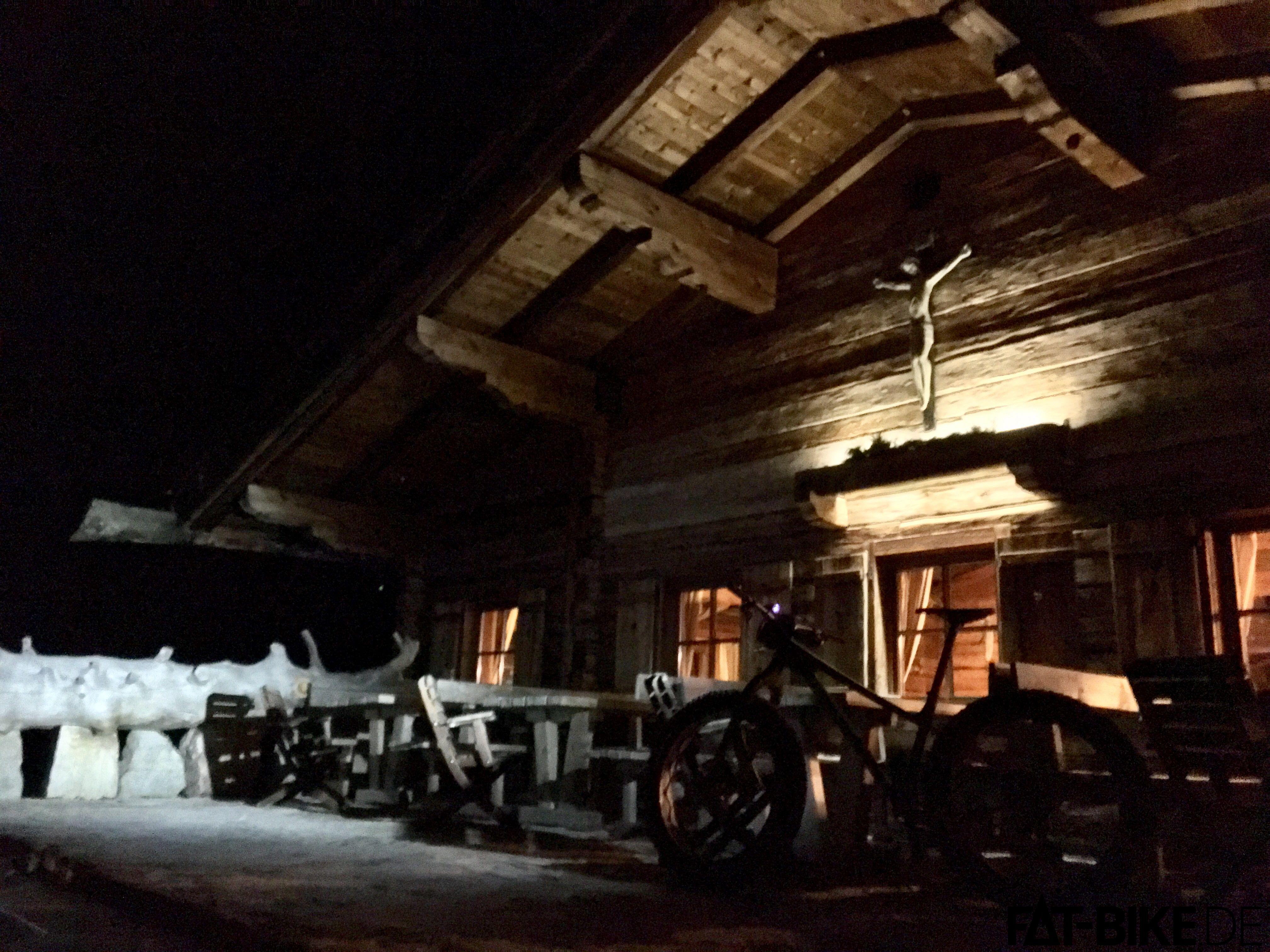 Hüttentour: Kein verschneiter Weg ist dem Snow Shoe XL zu anstrengend