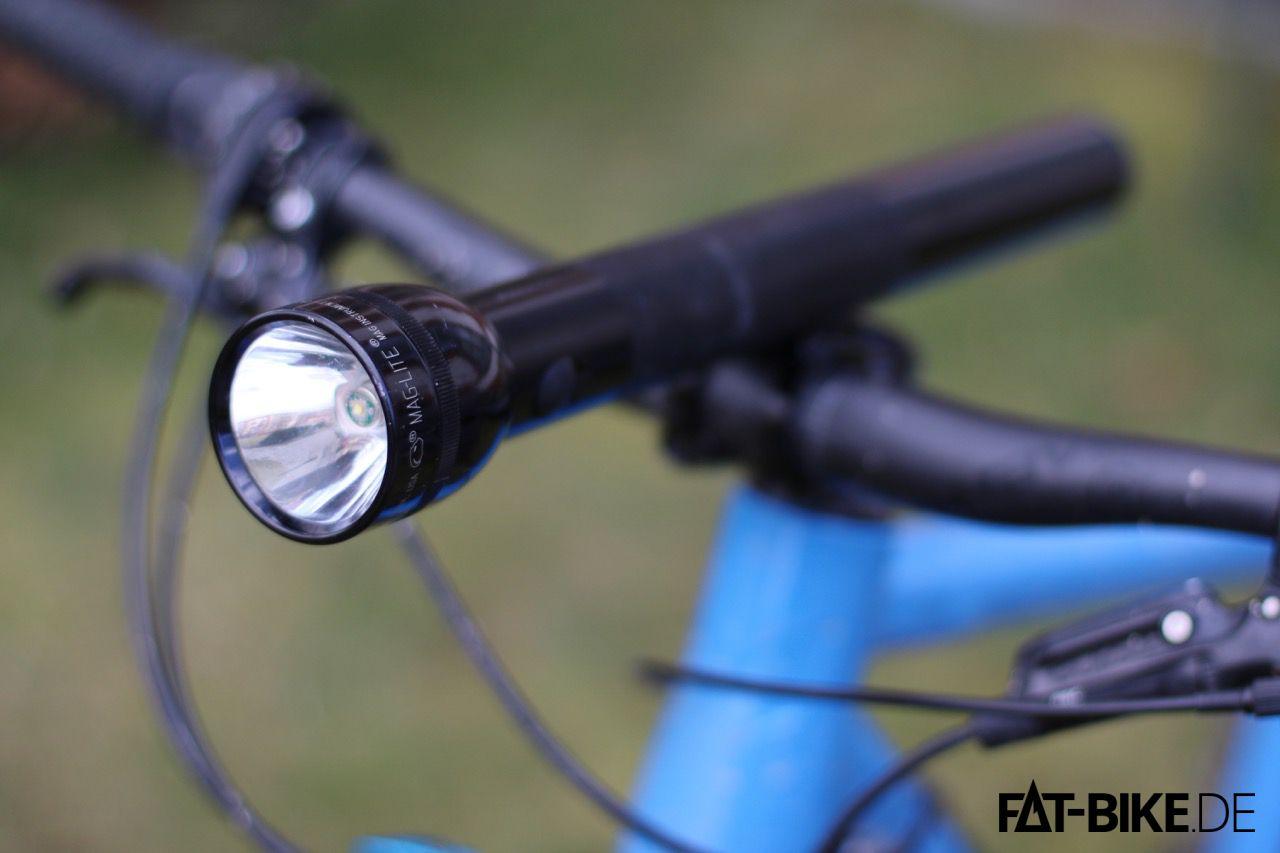 Nicht nur schwer, sondern auch unpraktisch am Bike, unsere MagLite 5D