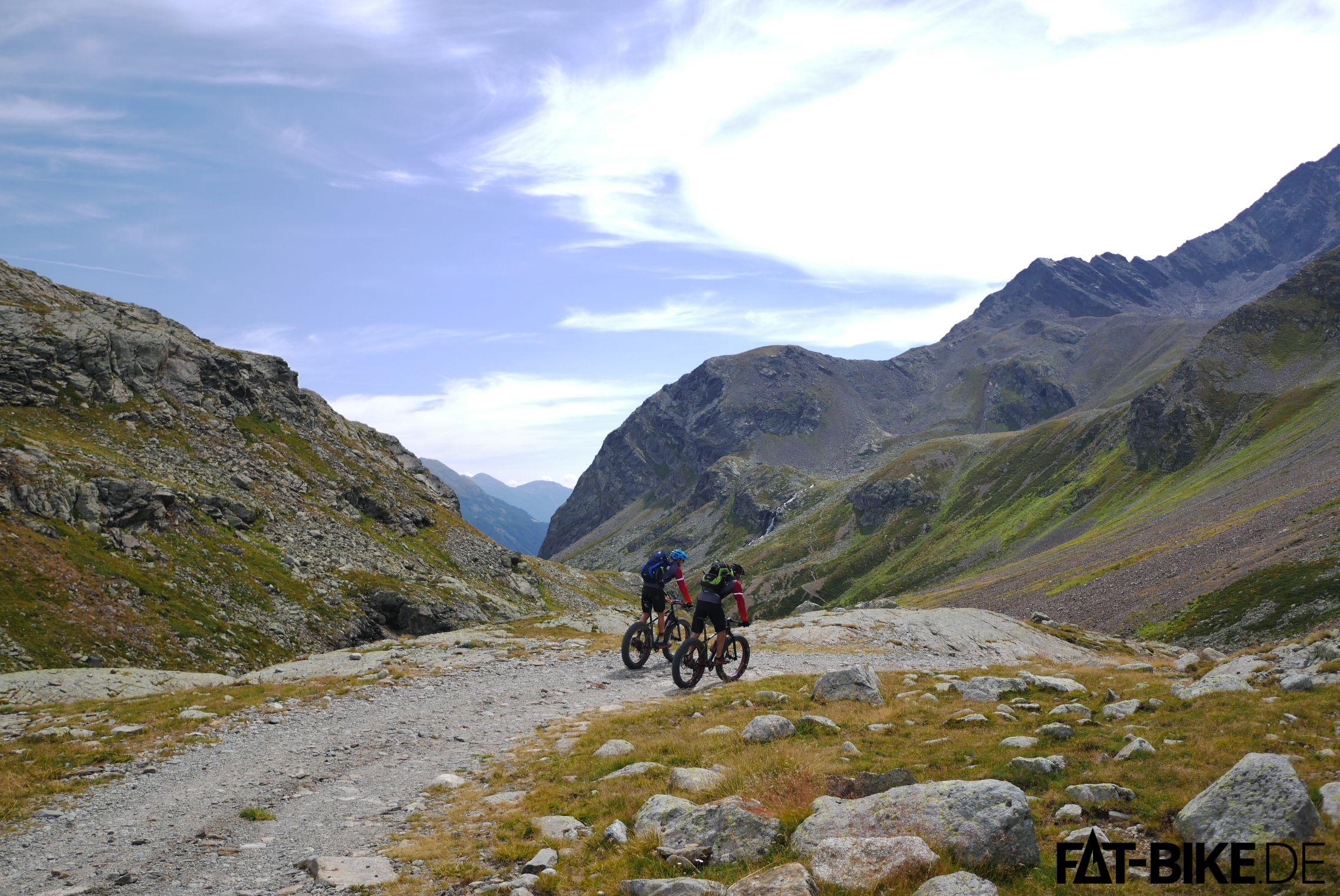 Downhill ab Heidelberger Hütte. Laufen lassen, Hauptsache kein Gegenverkehr!
