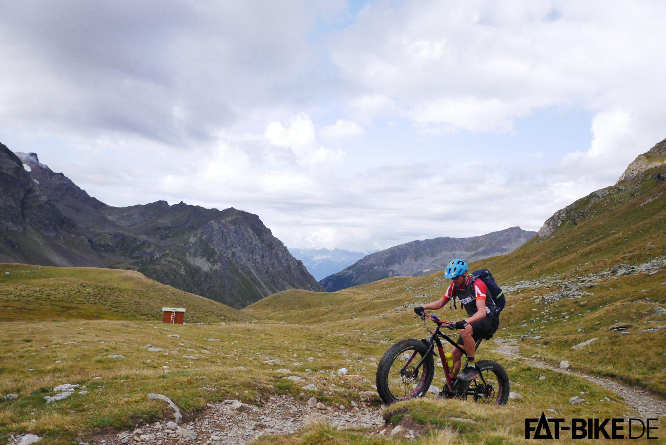 Irgendwie haben wir die Schiebepassage wohl übersehen zum Passo del Alpe.